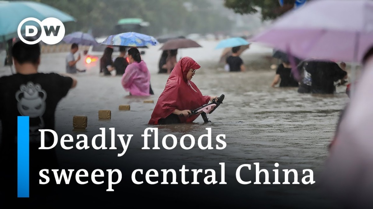 China floods: Dozens dead and thousands displaced in Henan | DWNews